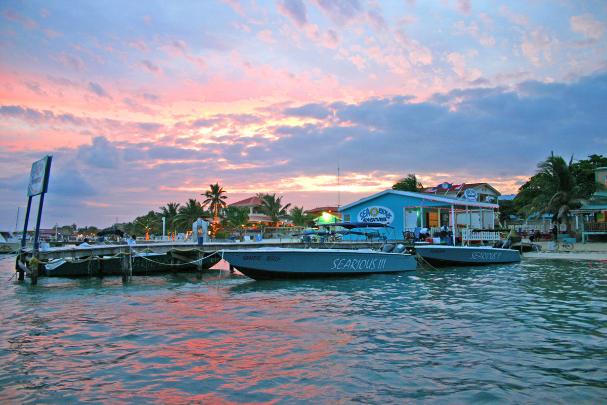 boats from serious adventures dock san pedro belize