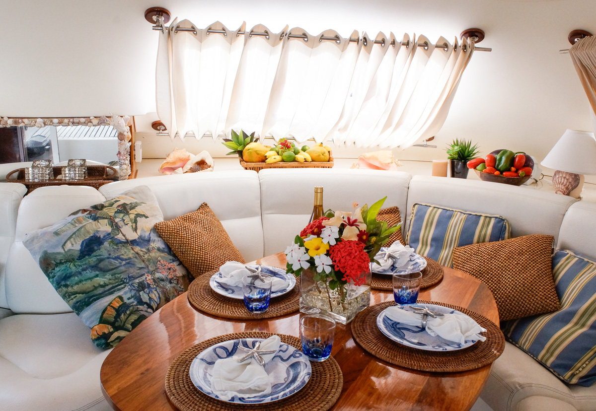 fine dining on luxury catamaran charter with private chef